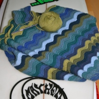Wave Blanket - Surf and Seaside Ripple Pattern Afghan