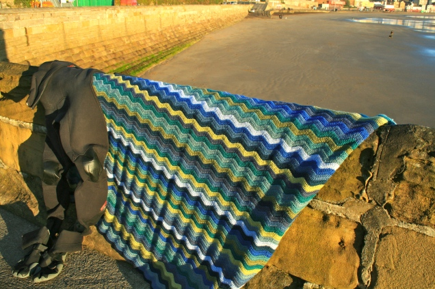 Wave Pattern Blanket - Hues of the Coast