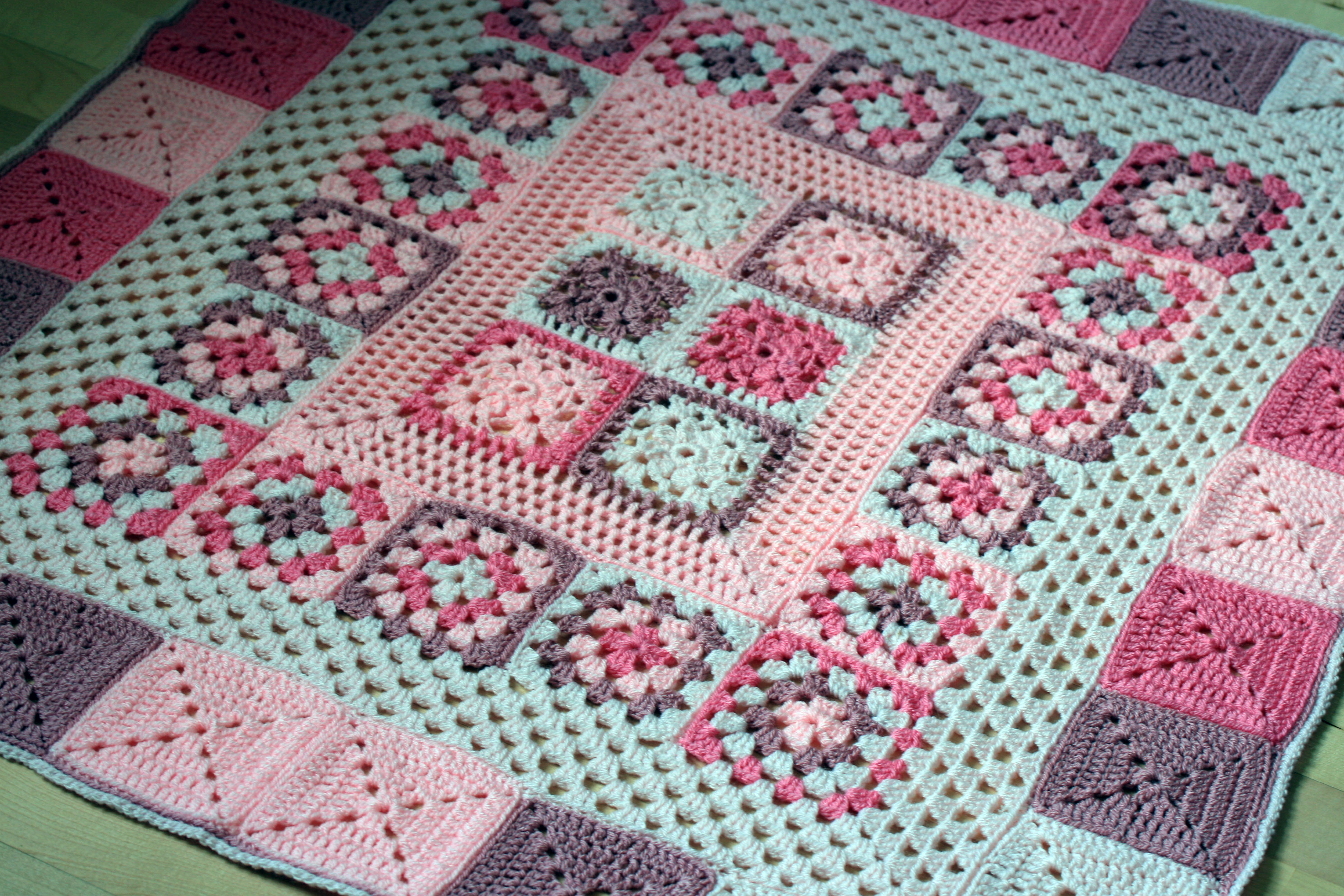 Crochet Blanket : Crochet Baby Blanket Pretty In Pink