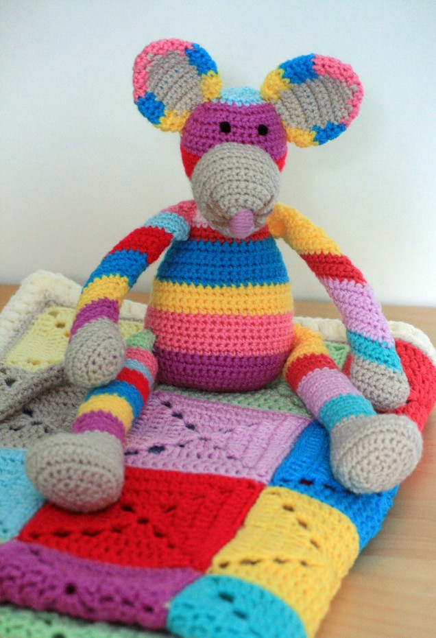 Crochet Stripy Mouse and Blanket