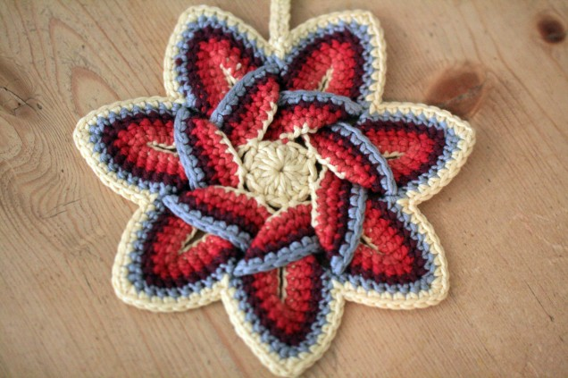 Crochet Star Flower Pot Holder