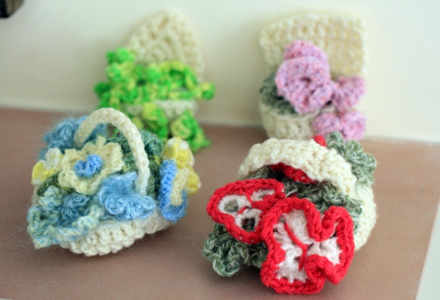 Crochet Flowr Baskets