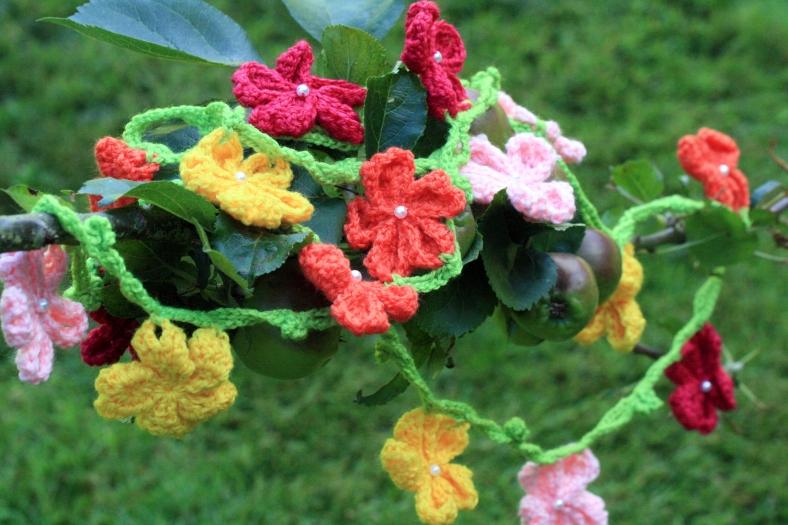 Flower Garland 1