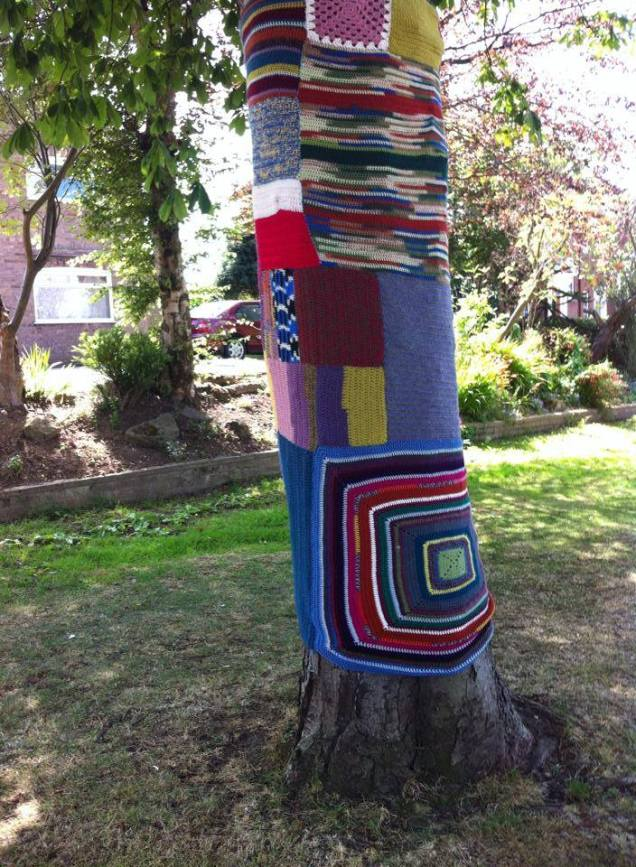 Yarn Bomed Tree
