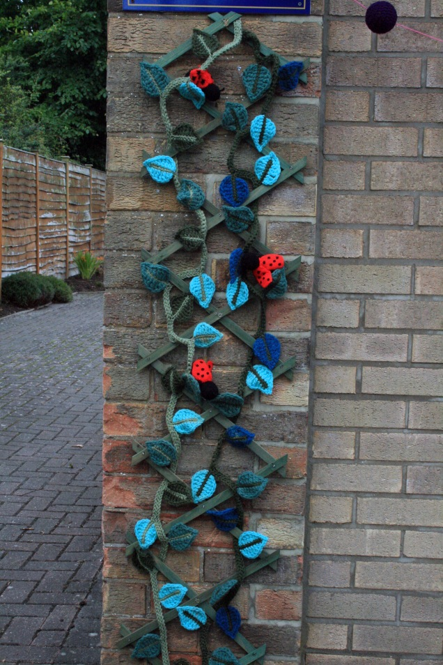 Crochet Leaf Vine and Ladybird Trellis