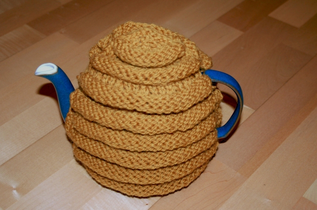 Knitted Behive Tea Cosy