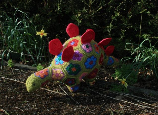 Heidi Bears African Flower Stegosaurus 3