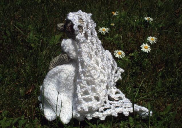 Crochet Meercat Bride