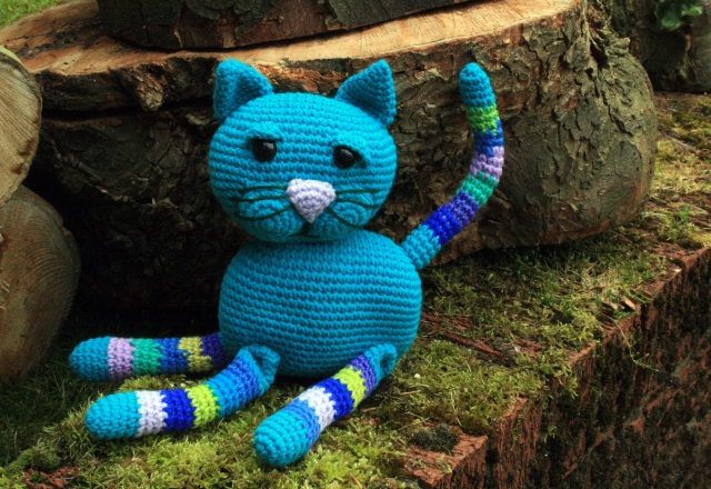 Crochet Cat Blue with Stripy Legs