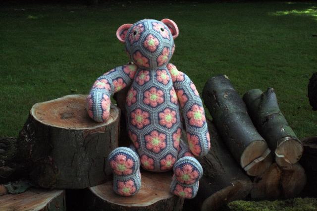 Rollo African Flower Bear